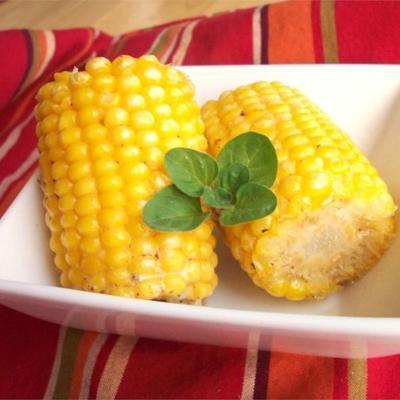 saboroso churrasco milho na espiga