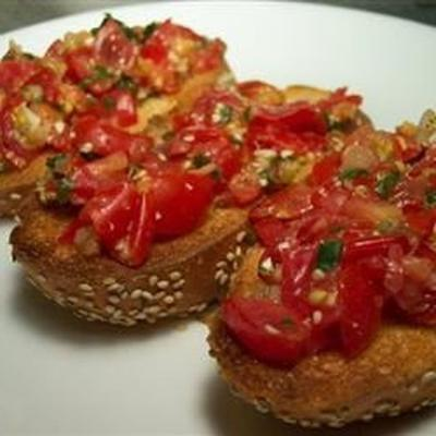 bruschetta de tomate rúcula de jen