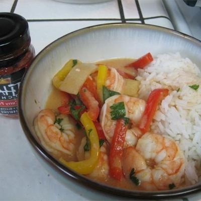 camarão curry tailandês vermelho