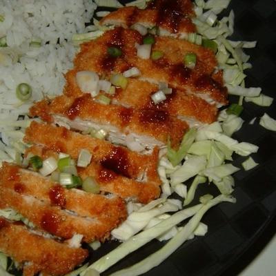 katsu de frango de ashley com molho tonkatsu