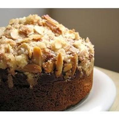 bolo de café de ruibarbo de amêndoa