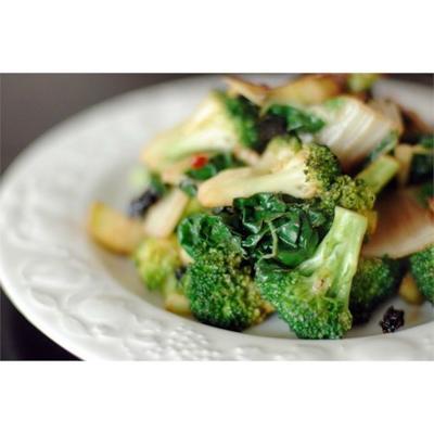 couve frita e brócolis