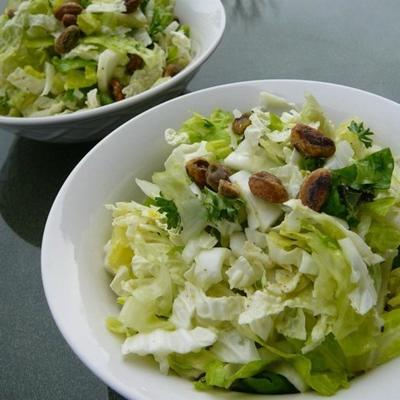 salada de repolho napa com vinagrete de limão e pistache