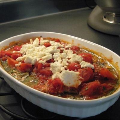 camarão cozido com queijo feta e tomate
