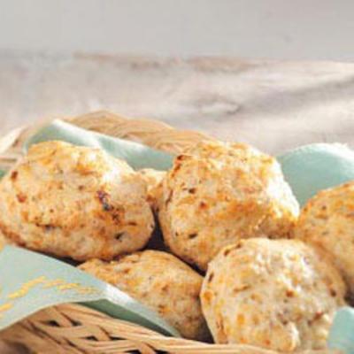 biscoitos de queijo tomate seco italiano