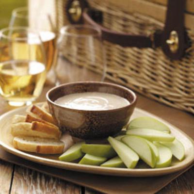 maçãs com molho de queijo de cabra