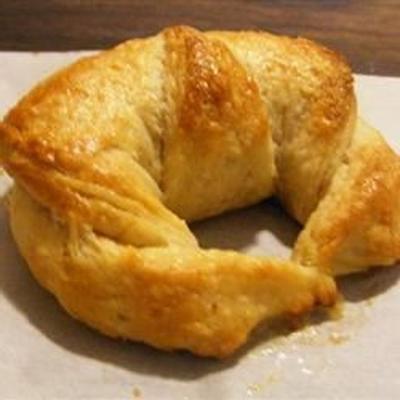 croissants franceses em camadas tradicionais
