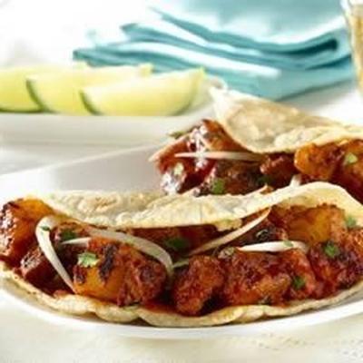 tacos de estilo caseiro al pastor (chile e tacos de carne de porco de abacaxi)