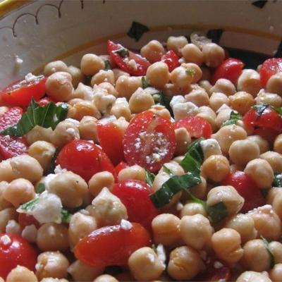 salada de grão de bico de verão