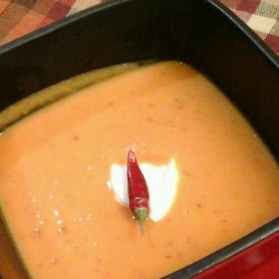 sopa de batata-doce picante chipotle