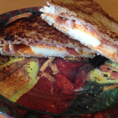 maçã e bacon queijo grelhado