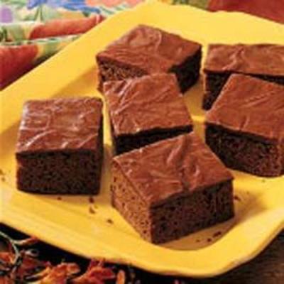 bolo de folha de amêndoa de chocolate