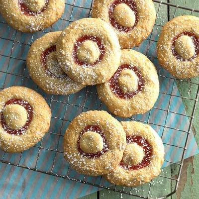 biscoitos recheados com ruibarbo