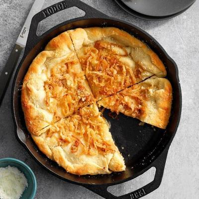 pizza de cebola vidalia caramelizada