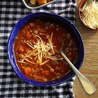 sopa de lentilha estilo italiano