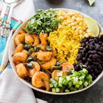 camarão chipotle e tigela de arroz