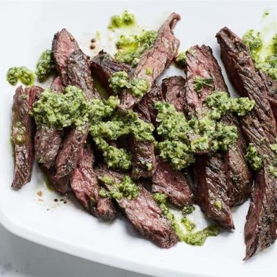 bife de saia toscana com salsa verde