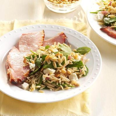 salada de espinafre e orzo