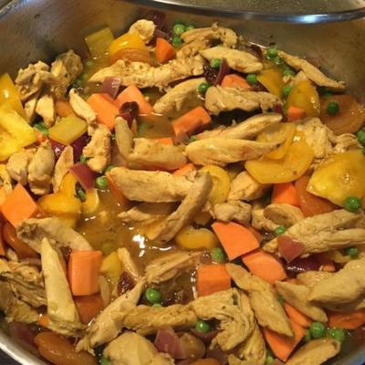 tajine de poulet aux carottes et patates douces (frango e batata doce tagine)