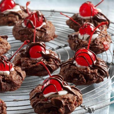 biscoitos de cereja cobertos de chocolate