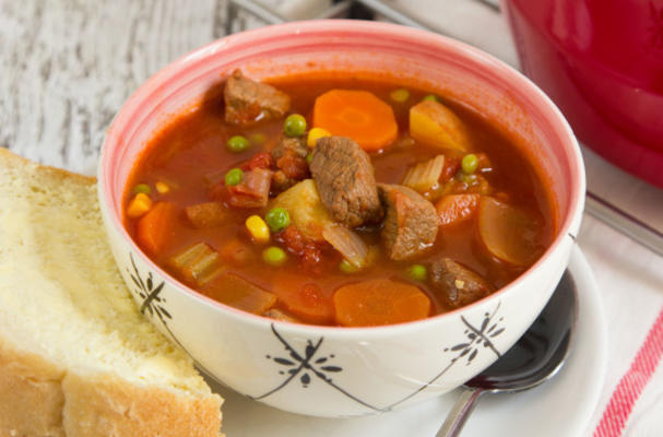 sopa de carne vegetal à moda antiga