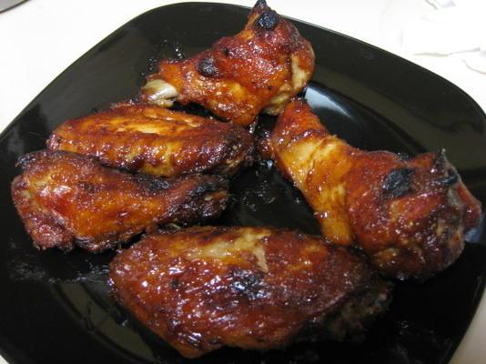 asas de frango de mogno