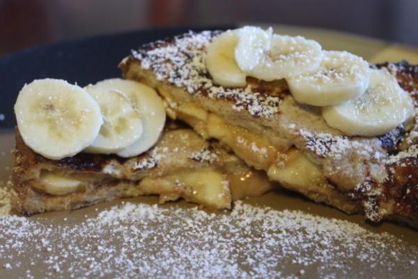 manteiga de amendoim e banana rabanada