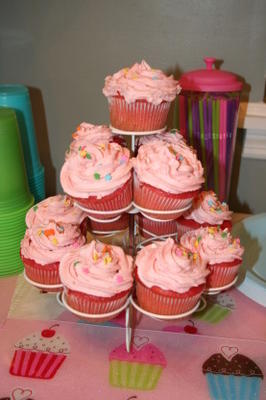 bonito em cupcakes de morango rosa