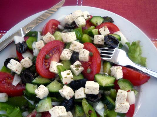 xoriatiki (salada grega