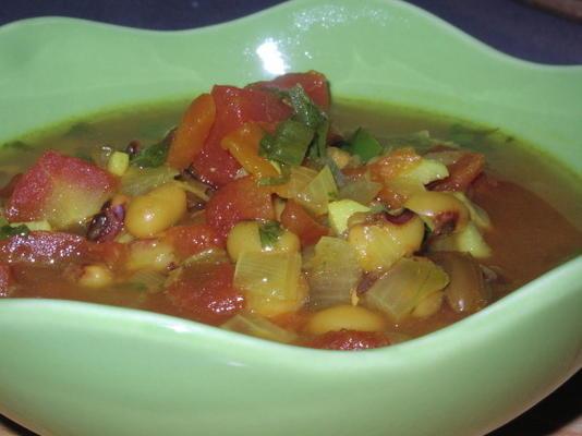 lubiya (sopa de ervilha de olhos pretos sefardita)