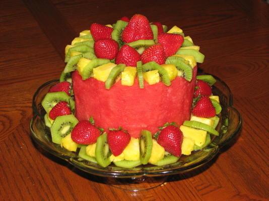 Bolo de frutas (fruta fresca em forma de bolo)