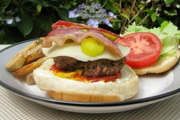jalapeno bacon cheeseburgers
