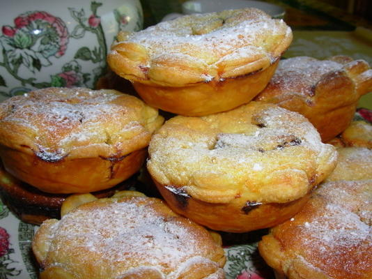 damas de honra - velhos cheesecakes ingleses de tudor