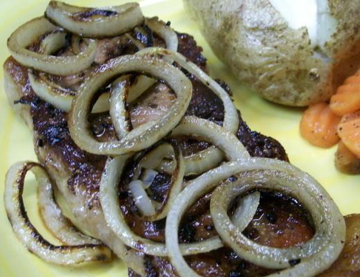 canela chile crusted bife