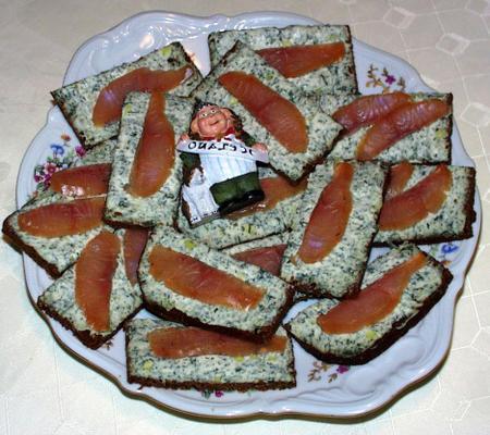 dedos de salmão defumado