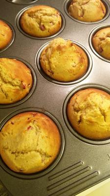 muffins de romã-gengibre