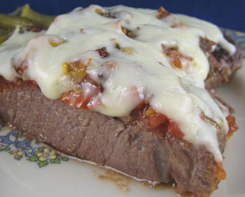pizzaiola italiana (estilo de pizza de bife)