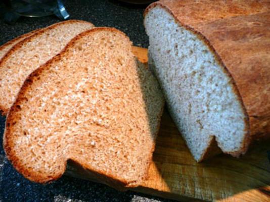 pão de pão rachado e pão de semente de linho