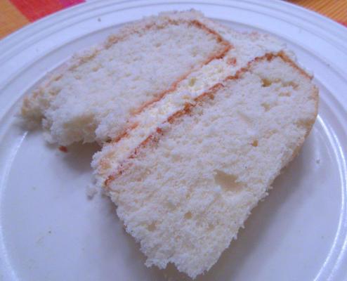 bolo branco de ocasião especial
