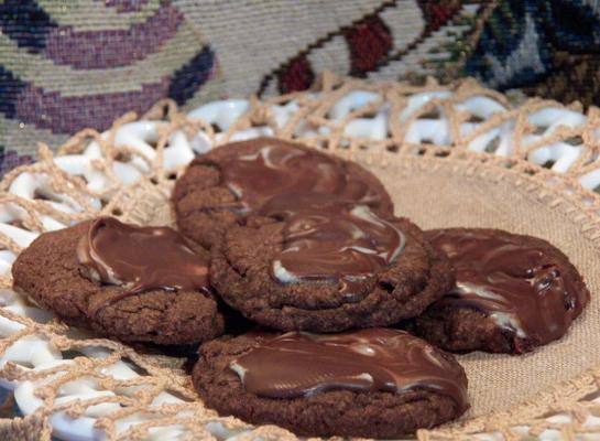 salgadinhos de chocolate com menta (biscoitos)