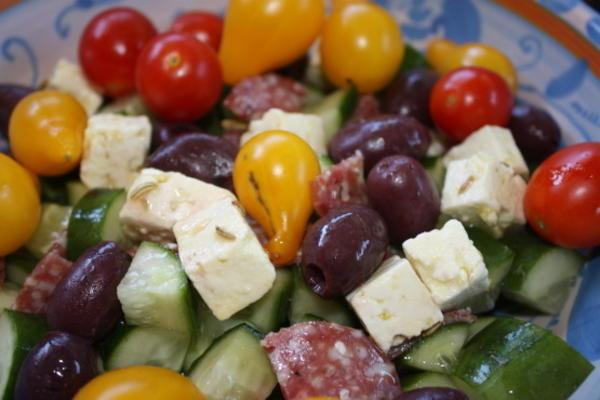 queijo fetta em óleo de ervas