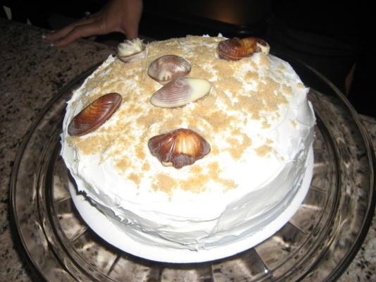 bolo de biscoito de graham com cobertura de buttercream