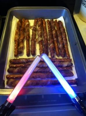 pretzels embrulhados em bacon