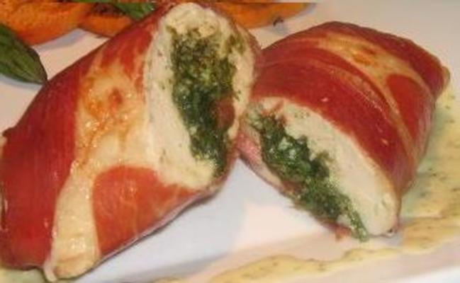 espinafre cabras queijo e pesto recheado peito de frango com um lem