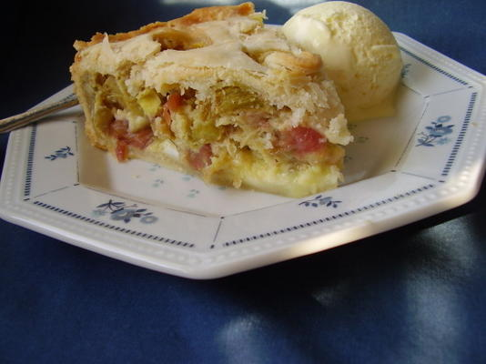 torta de creme de ruibarbo de wanda