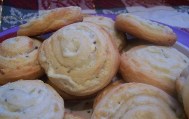 pinwheels crescentes do jalapeno de três queijos