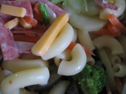 salada de macarrão secreta