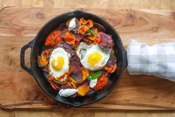 batata crocante de café da manhã colorido