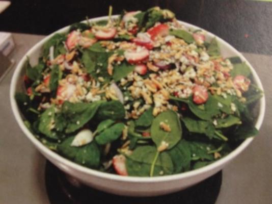 salada de espinafre de morango de kev
