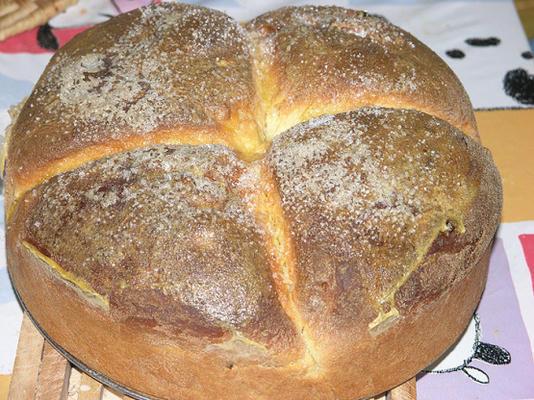"""bolo de páscoa croata (""""pinca"""")"""